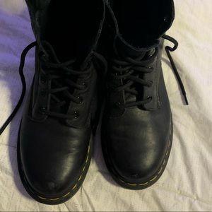 Dr.Martens 1460 8-eye black boots
